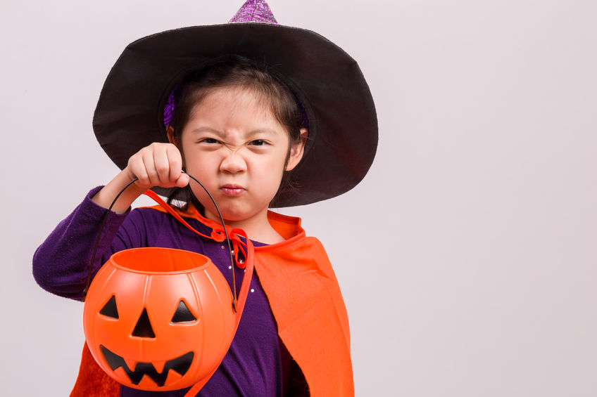 4 Food Allergy Trick-or-Treating Tips